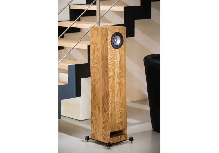 Pearl Acoustics Sibelius SG Speakers